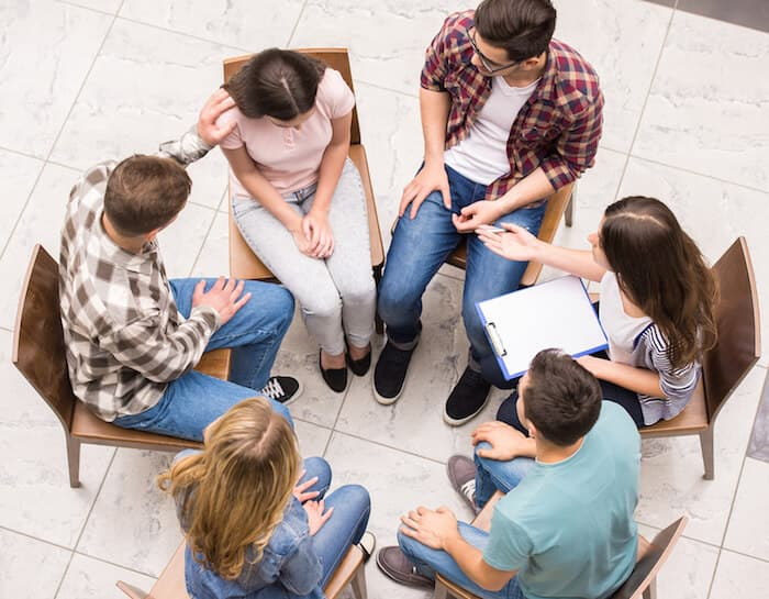 5 Addiction Support Groups Utilizing the 12-Step Model ...
